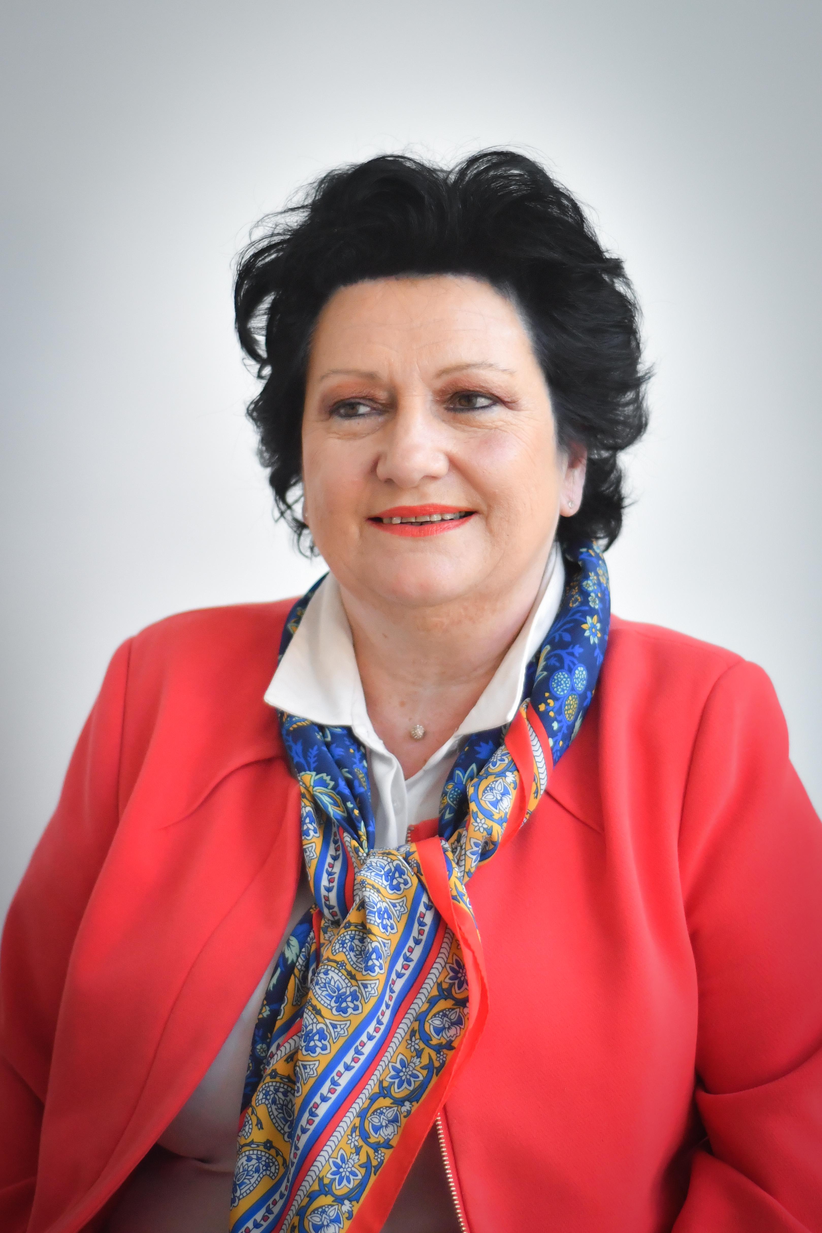 Isabelle LEROUX